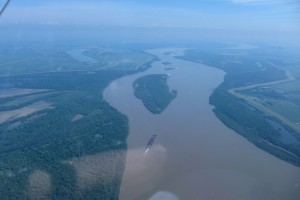 AC_20130604_Crossing_the_Mississippi